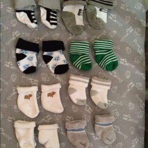 10 pairs of newborn socks.